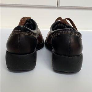 azaleia Shoes - AZALEIA Two Tone Leather Lace up Platform Loafers